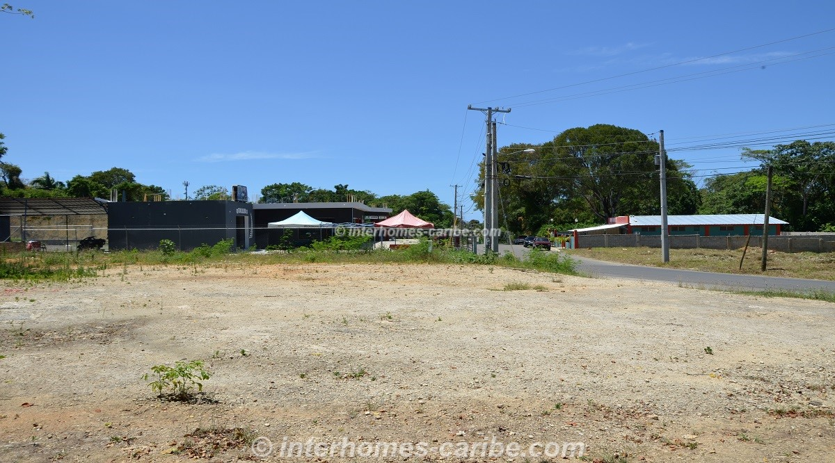 thumbnail for SOSUA: COMMERCIAL LOT 637 M2